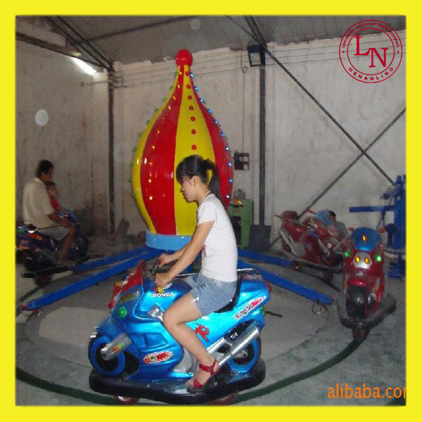 Crazy amusement playground park rides racing car / moto