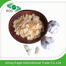 Hot sale natural spice best price dried garlic sliced flake gold color