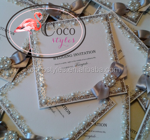super top luxury invitations with glitter and brooch