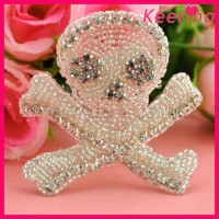wholesale cheap fashion china silver crystal skull rhinestone applique WRA-239