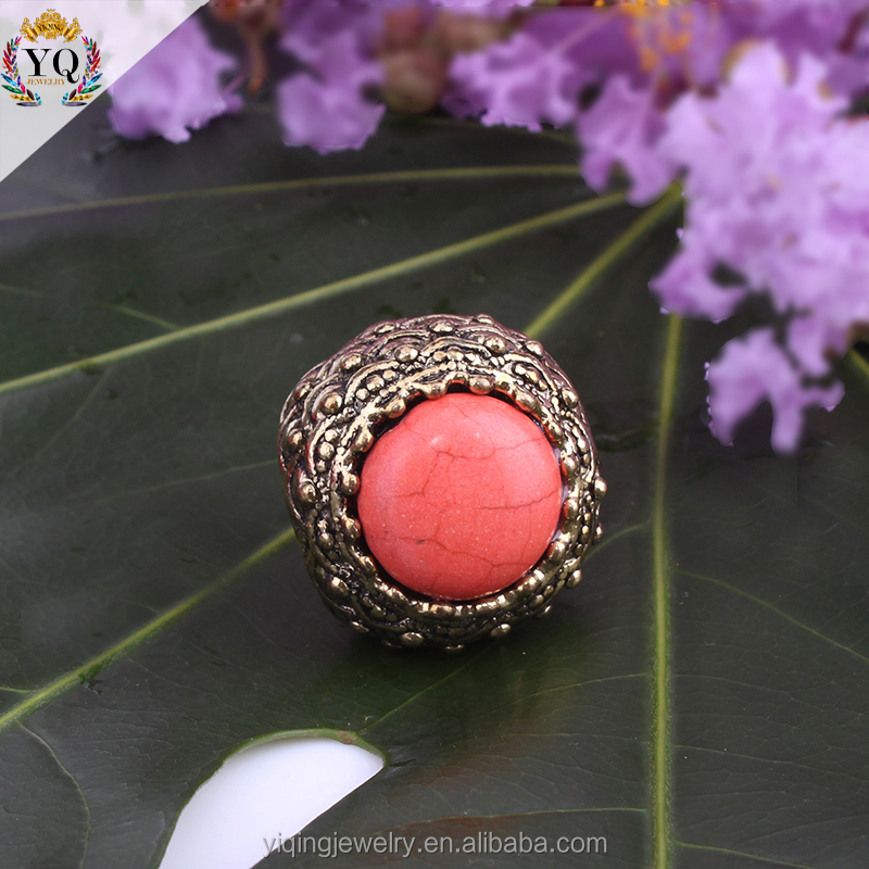 RYQ-00014 new designr cheap zinc alloy gold plated retro red natural stone ring