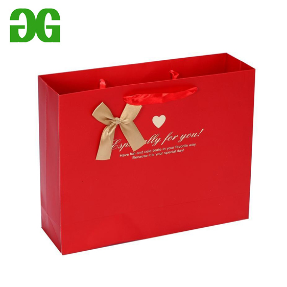 Brown kraft paper bag with your LOGO designs for shopping garment and shoes