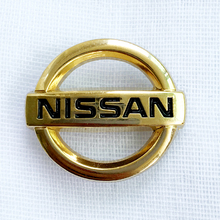 Custom Metal Japanese car logo badge custom made lapel pin for nissan car emblem