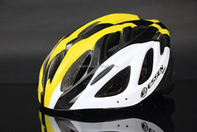 PVC+EPS bicycle helmet with light weight, out mold shining fashion color dirt bike helmet