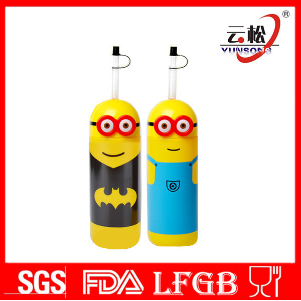BPA Free plastic minions water bottle with straw