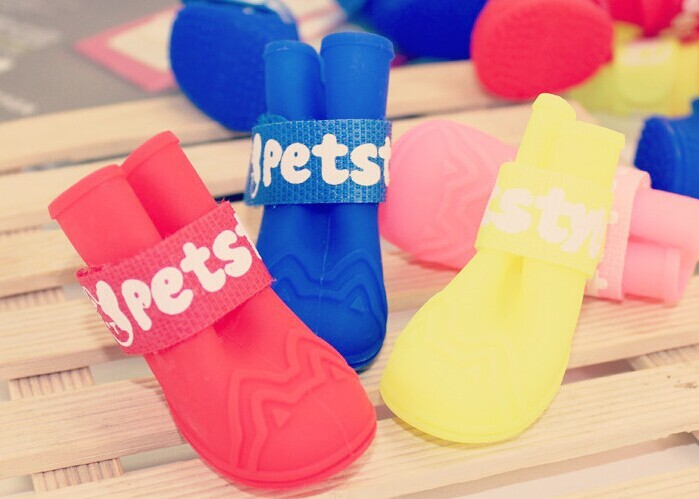 Lovable Waterproof Dog Rain shoes Silicone Boots Pet Rain Boots Wholesale Pet Products Pet Accessories Best Selling Products