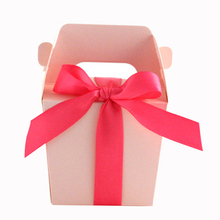 Luxury paper gift box packaging with ribbon handle corrugated cardboard boxes packaging