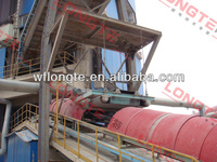 Suspended self cleaning electro magnet with conveyor belt
