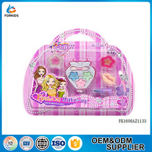Hot selling fashion design girl's beauty play toys,cosmetic makeup toy kit set