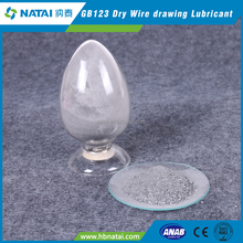 Powder or flake wire drawing lubricants