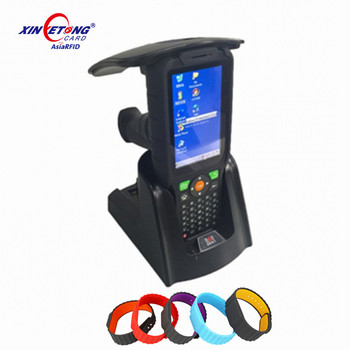 Long Range Reading Handheld Android uhf rfid reader for access warehouse management