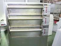 TRIPLE DECK ELECTRIC OVEN, TOM CHANDLEY