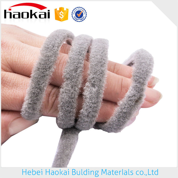 hot sale plastic fireproof wool pile weather strip