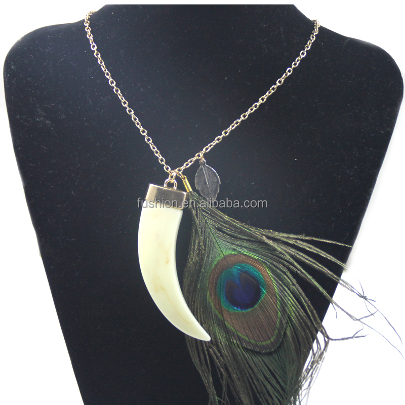 New Arrival Meaningful Ivory+Peacock Feather Pendant Necklace