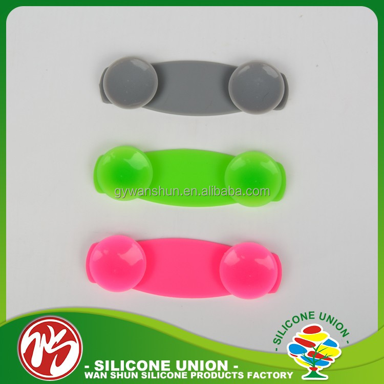 Electronic new products finger grip customize silicone mobile phone stand with one hand grip