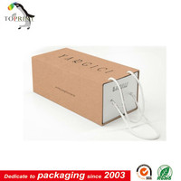 Kraft Customized paper shoe packaging boxes manufacture/Shoe box with handle
