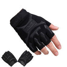 Hot Sale Men's Military Tactical gloves Fingerless Anti-Slip Commando Tactics Shockproof Cut-Resistant Mittens