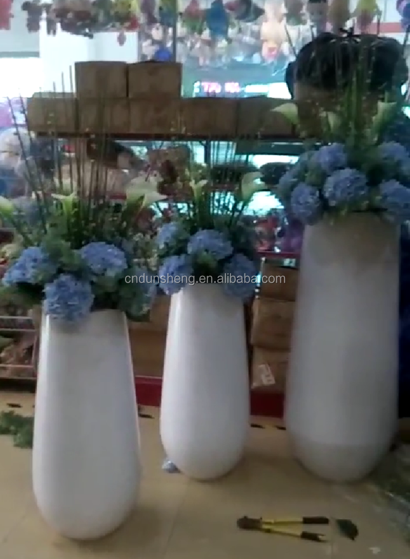 wholeslae polyresin tall flower planter pot for hotel, 55*55*121 white PU floor standing