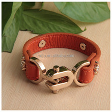 2014 New Product Selling Bugs Lock Bracelet with Flower Studs