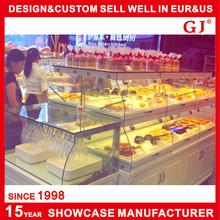 Manufacturer supplies exquisite acrylic candy store display cases for retail or wholesale shop