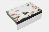 Modern style small wooden gift box to keep jewelry