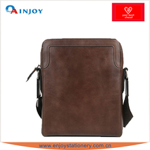 Men Design Thick Italian Leather Strap Shoulder Bag