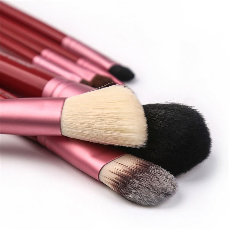 Best prices superior quality customized cosmetic brush