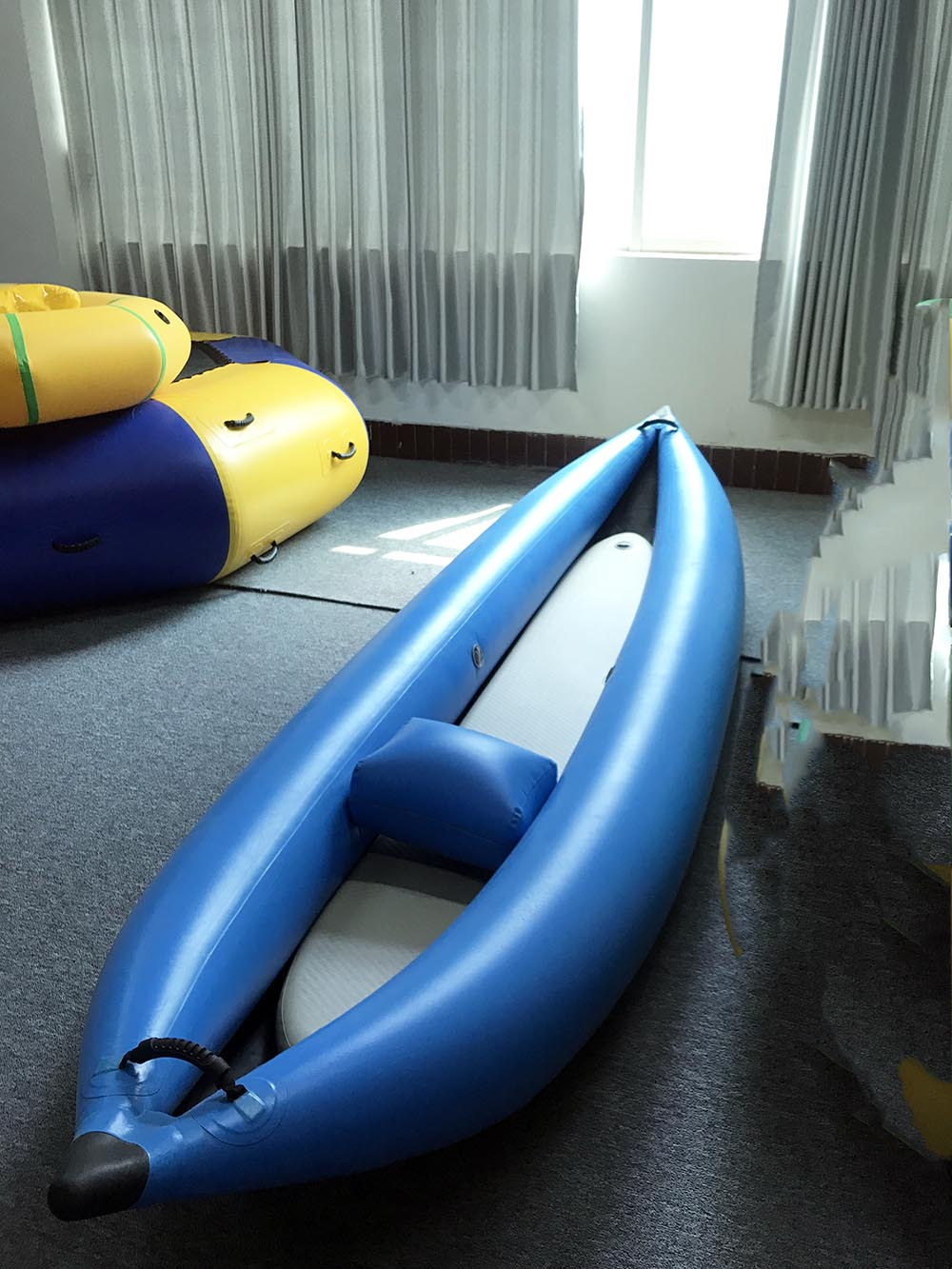wholesale single inflatable one person kayak cheap