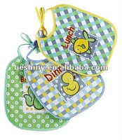 mix printting and embroider 3 pcs baby bibs 94844