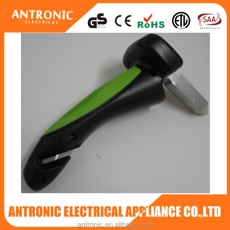 Low price 4 in 1 car hammer with LED/glass breaker/skidproof handle/belt cutter