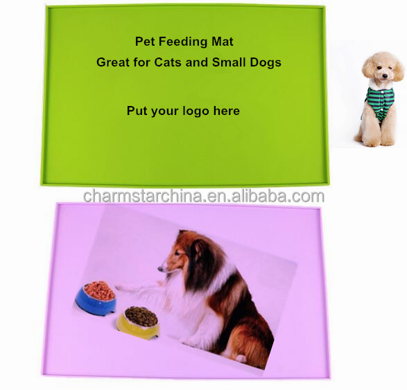 Silicone Pet Feeding Mat With Four Convex Edges
