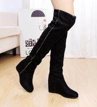 2017 New Design Lady and Girl Wearing Boots