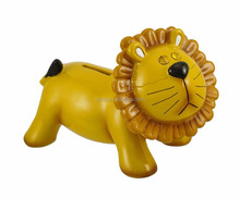 Dato 2 novelty plastic lion animal coin bank