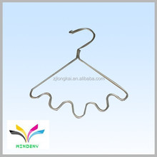 Made in China high quality customized design unique metal decorative dress hangers stand