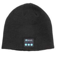 2015 Winter Hot Sale Muti-colour Bluetooth Beanie Hat with Headphone Supplier