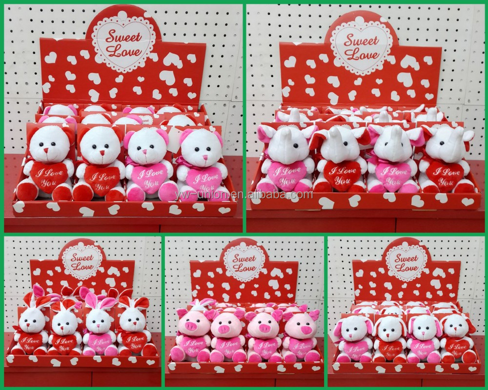 Plush dogs with heart for valentine gift