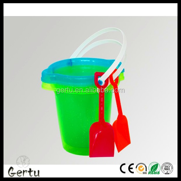7 inch beach sand buckets with shovel