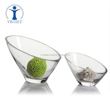 Wholesale Hand Made High Quality Promotional Clear Slant Top Large Glass Salad Bowls