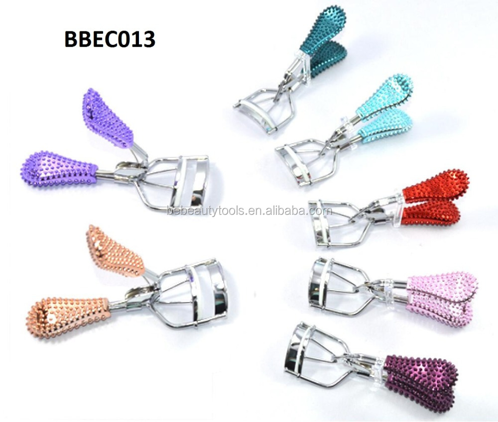 Colorful plastic handle eyelash curler for last all day