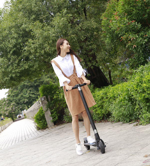 China cheap 2017 new powerful folding electric scooter for adult