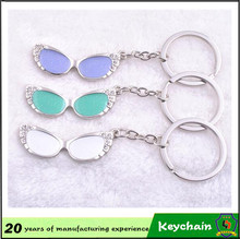 optician and eyeglasses store gift spectacle shape key chain with rhinestone colorful glasses (HH-key chain-361-1)