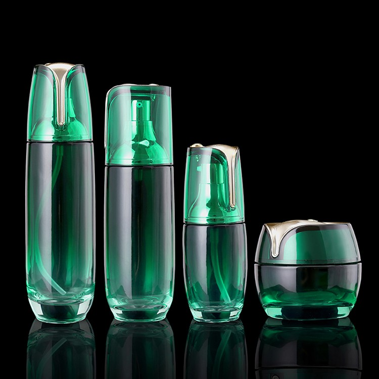 Brand New 2016 Wholesale Skin Care Packaging Green Color Sprayed Glass Cosmetic Bottle And Jars With Pump Cap