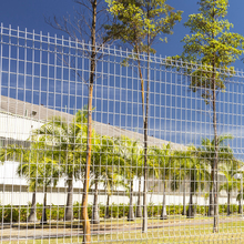 Wire Panel Sectional Fence / Perimeter Welded Wire Fence