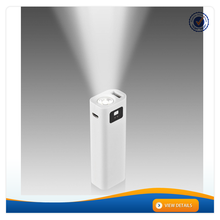 AWC902 Small Size Promotion Gift cheap LED power bank manufacture 2600mah mobile power bank