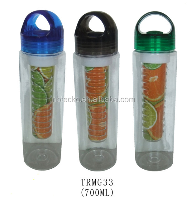 700ml BPA free tritan fruit infuser water bottle/lemon cap plastic sport bottle