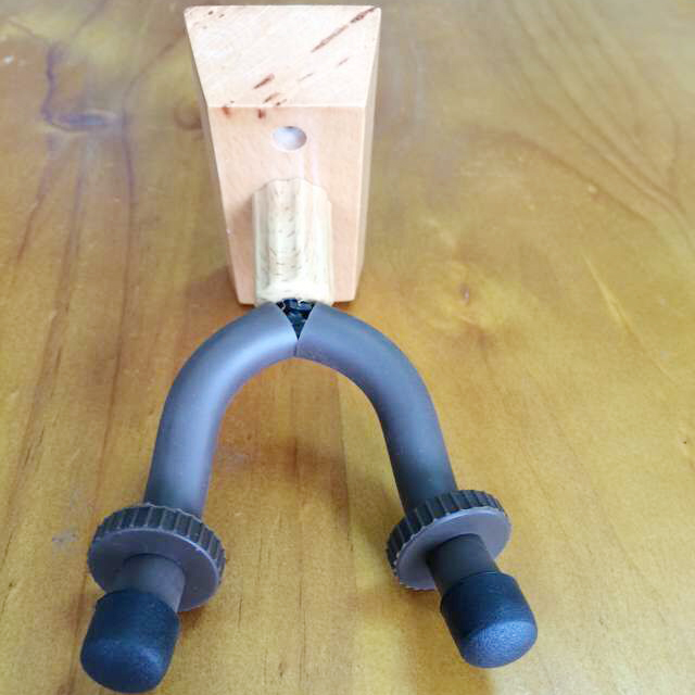Solid wood short Guitar hanger