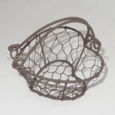 Mini handle heart shape metal wire gift basket for decor