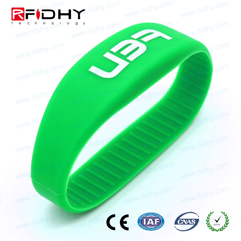 100% Waterproof Add unique barcodes silicon wristband rfid for waterparks and Swimming Pool