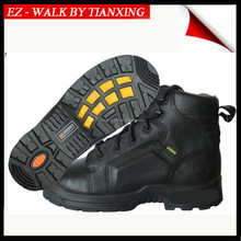 Composite toe Safety footwear with air cushion