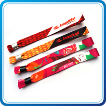 Wholesalers china silicone woven wristbands popular products in malaysia